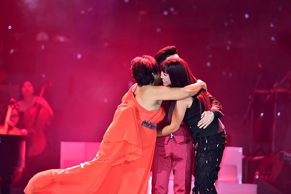 Phương Thanh - Siu Black nối lại tình bạn rạn nứt sau 2 năm trong Liveshow Quang Hà    - ảnh 4
