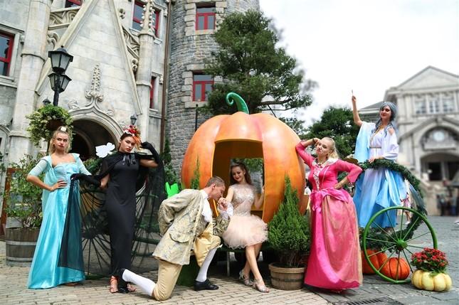 """Halloween """"chất hơn nước cất"""" tại Sun World Ba Na Hills - ảnh 6"""