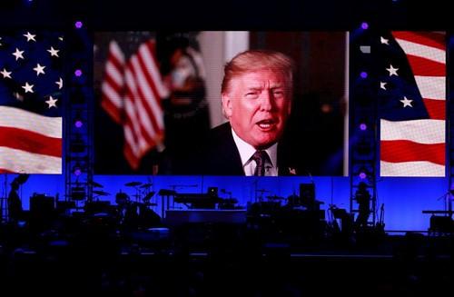 5 cựu tổng thống Mỹ cùng xuất hiện tại sự kiện gây quỹ - ảnh 2