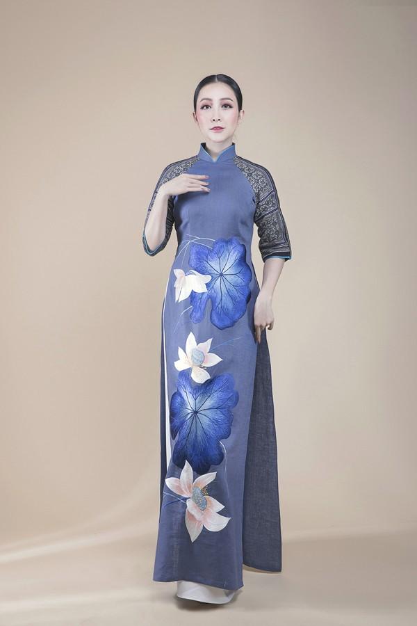 Linh Nga lựa chọn áo dài để biểu diễn tại APEC 2017 - ảnh 2