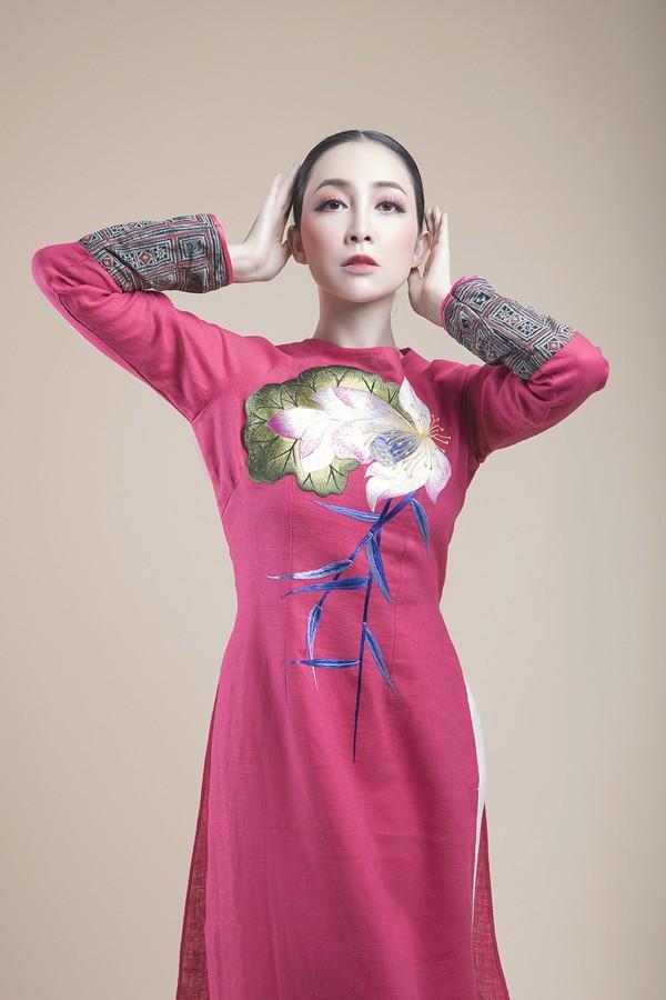 Linh Nga lựa chọn áo dài để biểu diễn tại APEC 2017 - ảnh 1