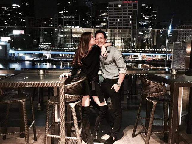 Hồ Ngọc Hà đăng ảnh tình tứ với Kim Lý, xác nhận hẹn hò - ảnh 2