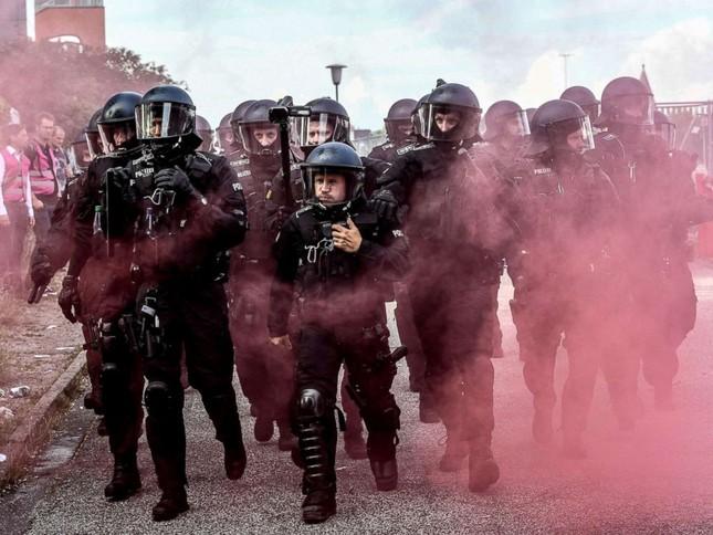 Hội nghị thượng đỉnh G20: Ít nhất 196 cảnh sát bị thương  - ảnh 2