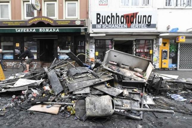 Biểu tình hỗn loạn ở Đức: Cảnh sát đã giành quyền kiểm soát  - ảnh 1