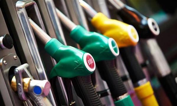 Giá dầu tăng do dấu hiệu suy thoái sản xuất ở Mỹ - ảnh 1