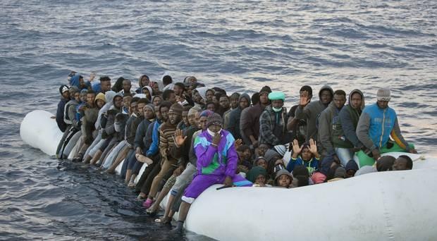 EU sẽ mạnh tay với nạn buôn người ở Libya - ảnh 1
