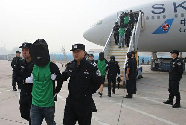 Campuchia trục xuất 7 người dân Đài Loan vì nghi ngờ gian lận - ảnh 1