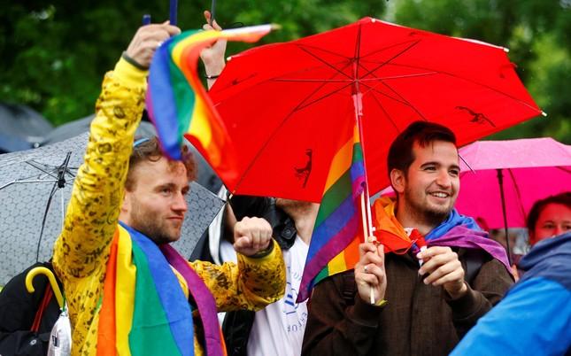 Người Đức ăn mừng Luật hôn nhân đồng giới được thông qua - ảnh 4