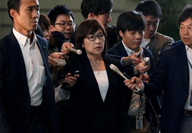Cải tổ nội các Nhật: Mạnh tay thay cả Bộ trưởng Quốc phòng - ảnh 1