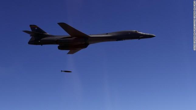 Máy bay chiến đấu Mỹ - Hàn 'giương oai' trên bán đảo Triều Tiên - ảnh 1
