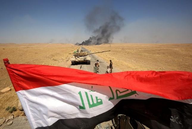 Iraq tuyên bố chiến thắng IS trên một mặt trận mới - ảnh 1