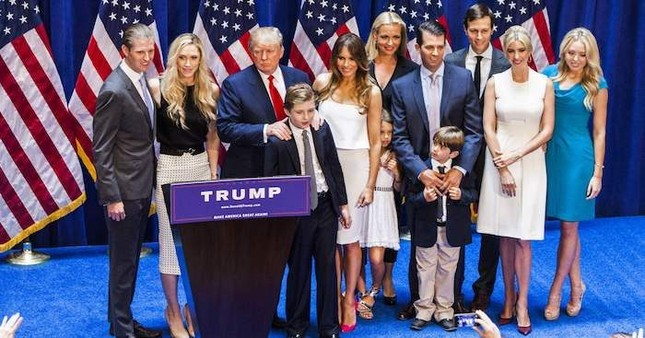 Tổng thống Mỹ Donald Trump có thêm người cháu thứ 9 - ảnh 4