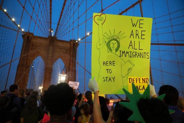"""Trump đề xuất cắt giảm nhập cư để bảo vệ """"những kẻ mộng mơ"""" - ảnh 1"""