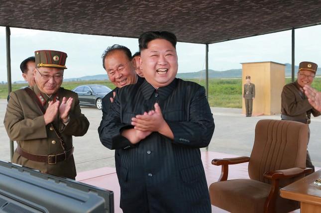 Kim Jong-un tuyên bố quân đội Triều Tiên sẽ 'ngang phân' với Mỹ - ảnh 1