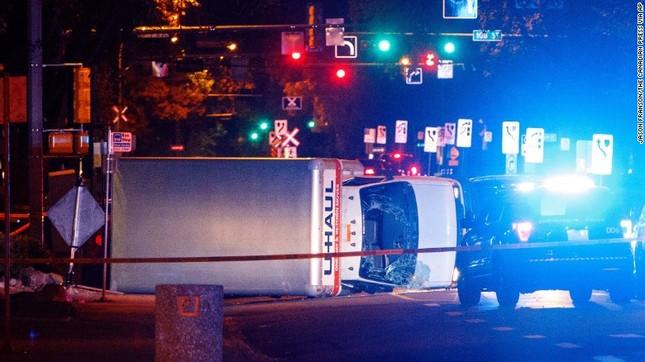 Canada: 5 người bị thương trong cuộc tấn công khủng bố tại Edmonton - ảnh 1