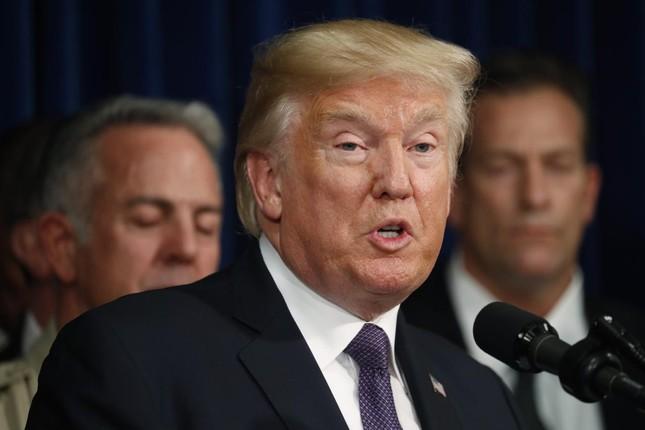 Tổng thống Trump sắp  đưa ra quyết định cuối cùng cho thỏa thuận Iran - ảnh 1