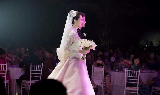 Toàn cảnh đám cưới đẹp như mơ của Hoa hậu Đặng Thu Thảo - ảnh 5