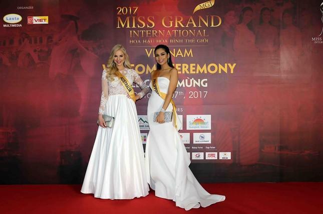 Miss Grand 2017: 80 người đẹp đọ sắc với trang phục dạ hội - ảnh 2