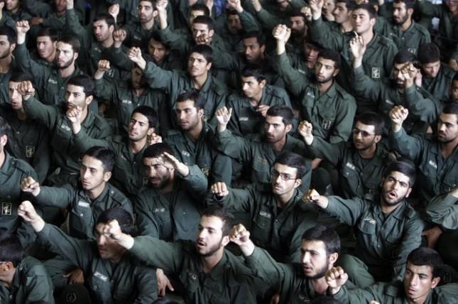 Iran cảnh báo Mỹ nên rút lại lệnh trừng phạt - ảnh 1