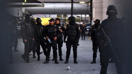 Bắc Mexico: Băng đảng thanh trừng lẫn nhau ngay trong tù, ít nhất 13 người thiệt mạng - ảnh 1