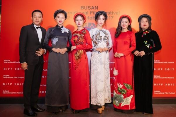 'Cô Ba Sài Gòn' đưa áo dài Việt Nam lên thảm đỏ LHP Busan 2017 - ảnh 4