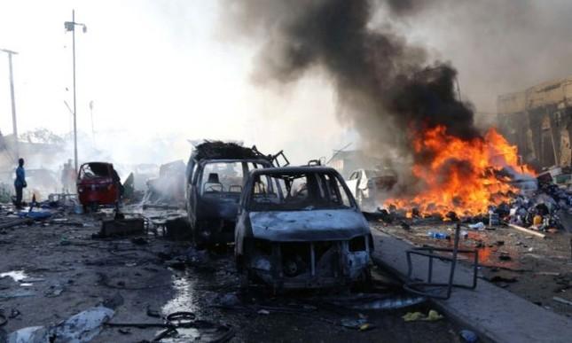 Đánh bom tại Somalia: Số người thiệt mạng đã hơn 200  - ảnh 1