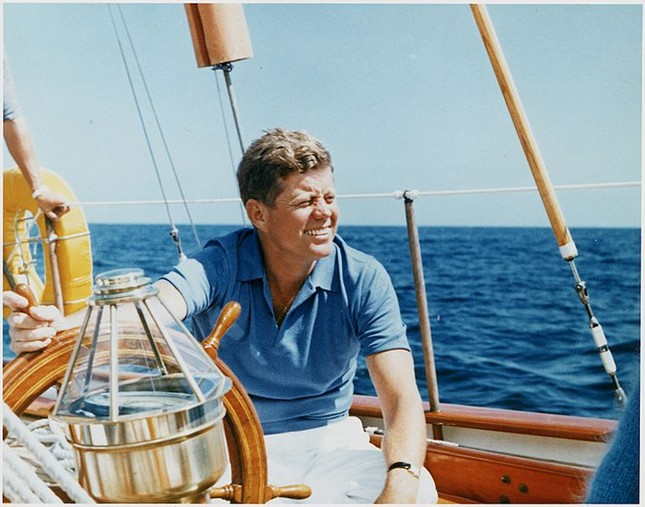 Mỹ sắp sửa công bố tài liệu về vụ ám sát Tống thống Kennedy - ảnh 1