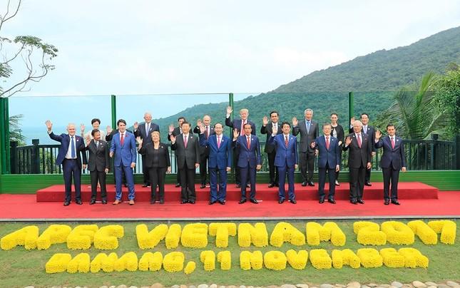 Những hình ảnh thú vị của các nhà lãnh đạo bên lề Hội nghị APEC - ảnh 6