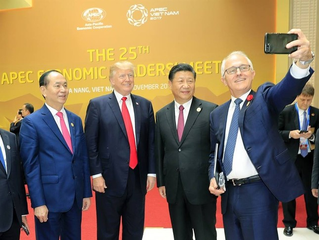 Những hình ảnh thú vị của các nhà lãnh đạo bên lề Hội nghị APEC - ảnh 5