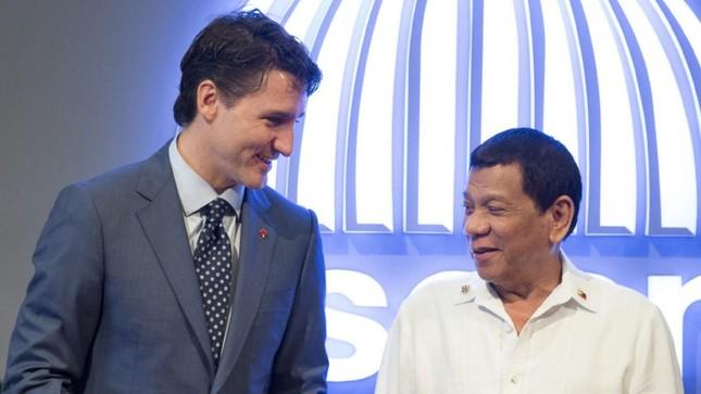 Bị hỏi về 'cuộc chiến ma túy', Tổng thống Philippines tố Thủ tướng Canada xúc phạm - ảnh 1