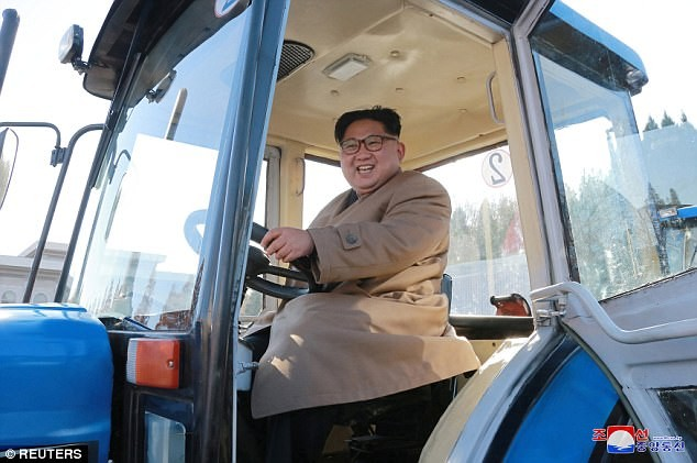 Đại sứ Trung Quốc thăm Triều Tiên,  quan hệ 2 nước có nhiều 'đột phá' - ảnh 1