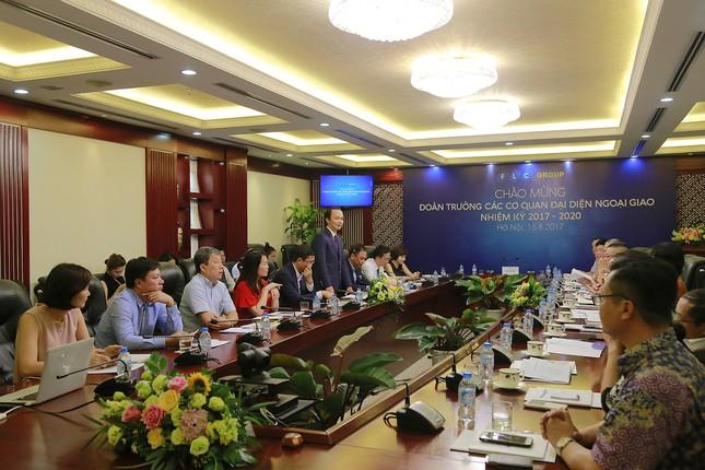 FLC đẩy mạnh quảng bá BĐS nghỉ dưỡng ra thị trường quốc tế  - ảnh 1