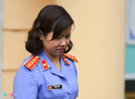 Bị cáo Châu Thị Thu Nga lừa gần 400 tỷ bị đề nghị án chung thân - ảnh 1
