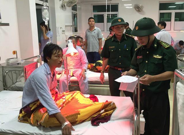 Bình Định: Còn 12 thuyền viên mất tích trên biển - ảnh 1