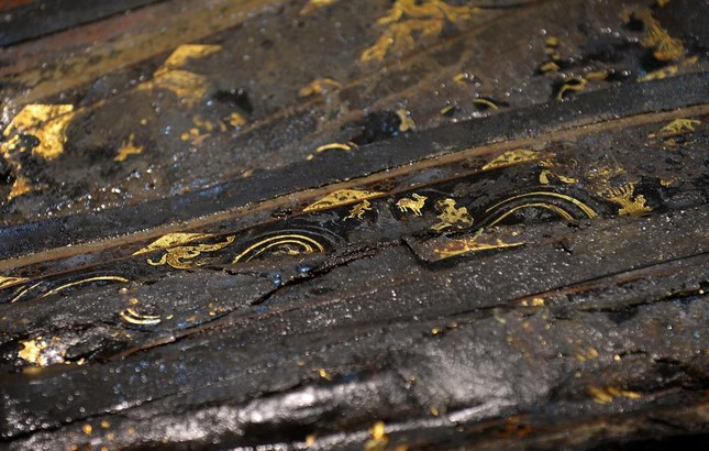 Bên trong ngôi mộ 2.000 năm tuổi chứa đầy vàng ở TQ - ảnh 3