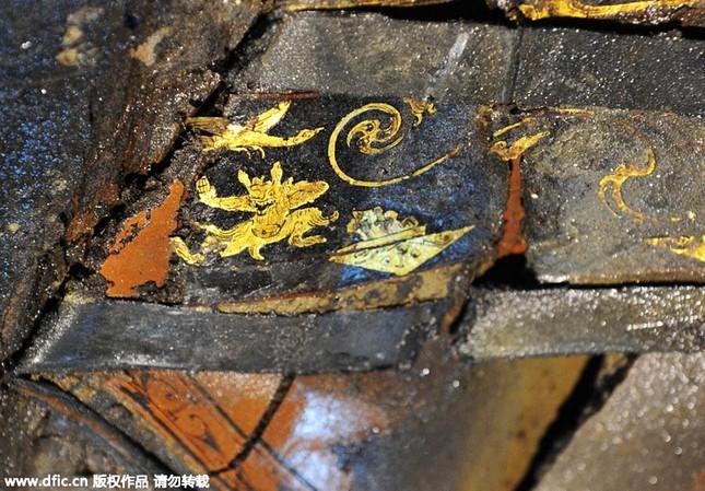 Bên trong ngôi mộ 2.000 năm tuổi chứa đầy vàng ở TQ - ảnh 2