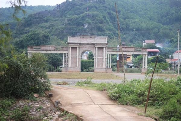 Tận mục dự án tiền tỷ bỏ hoang ở Hòa Bình - ảnh 3