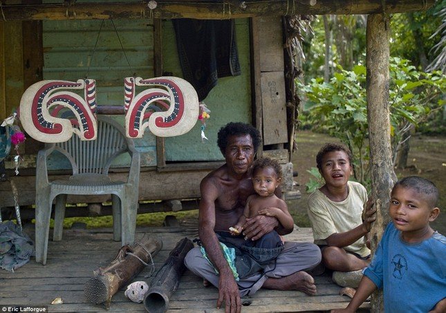 Lạ kỳ tập tục tự do ngoại tình tại đảo Tình yêu - ảnh 4
