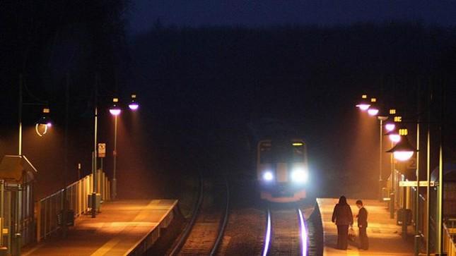 Bí ẩn những 'chuyến tàu ma' tồn tại giữa nước Anh - ảnh 1