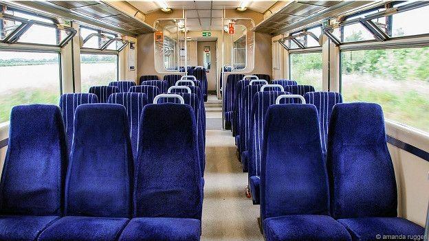 Bí ẩn những 'chuyến tàu ma' tồn tại giữa nước Anh - ảnh 2