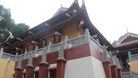 Công trình sai phạm ở chùa Hương: Chỉ chỉnh sửa, không phá bỏ? - ảnh 1