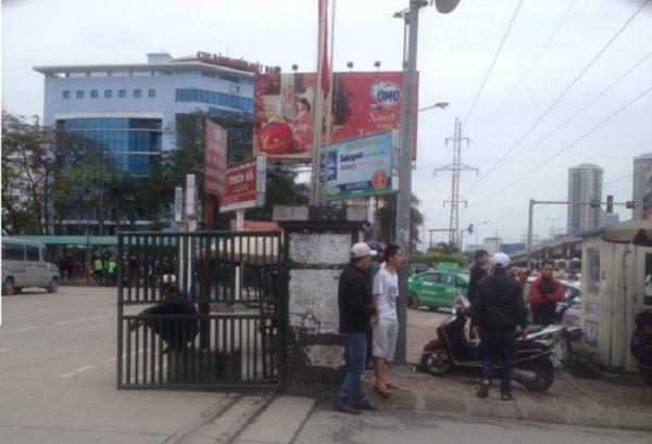 Nghề hoang đường ở Hà Nội: Giành người kiếm tiền triệu/ngày - ảnh 1