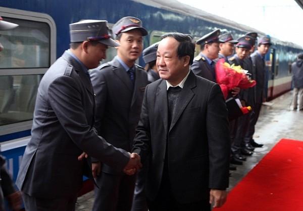 Khai trương 2  tàu '5 sao' tuyến Hà Nội - Sài Gòn, vé giảm 30-50% - ảnh 2