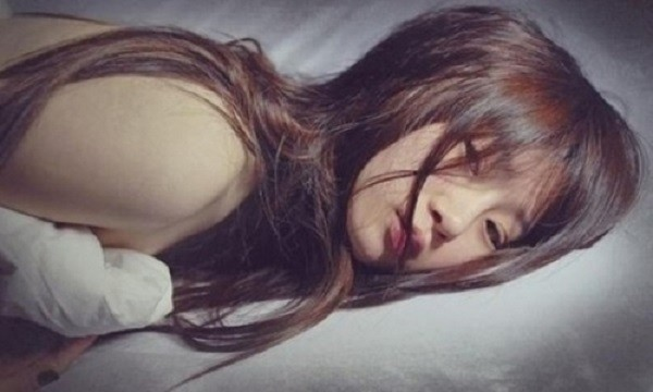 Chồng bỏ nhà đi giữa đêm lạnh vì vết máu trên ga giường - ảnh 1
