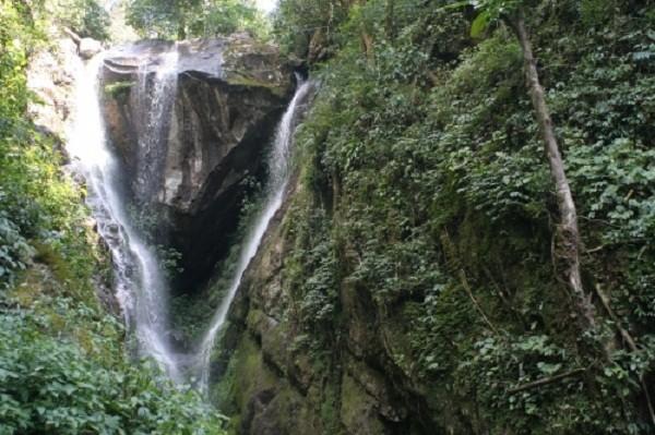 Hé lộ về chuyện tình yêu buồn sau thác Trái Tim giữa rừng Tây Bắc - ảnh 5