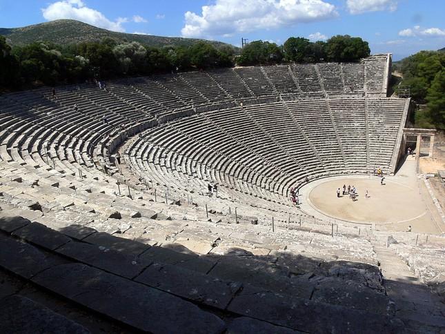 Kỹ thuật xây dựng bậc nhất của di chỉ khảo cổ Epidaurus - ảnh 1