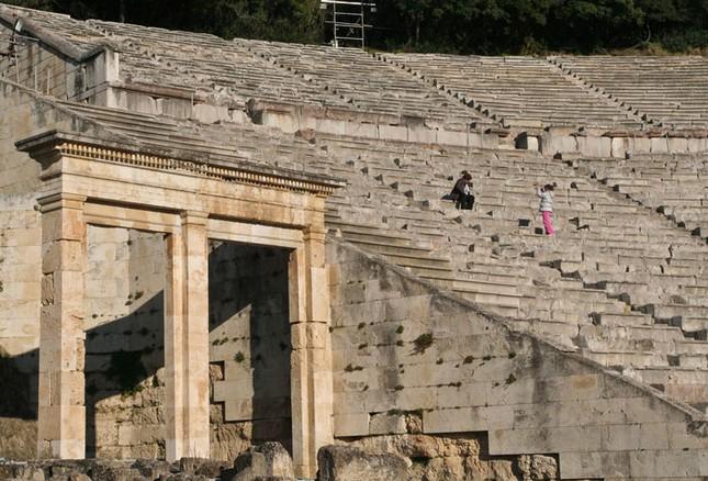 Kỹ thuật xây dựng bậc nhất của di chỉ khảo cổ Epidaurus - ảnh 4