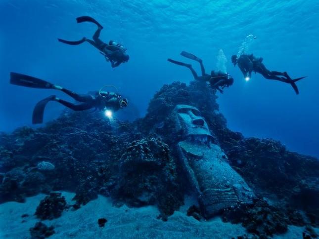 Bí ẩn cách thức di chuyển Moai đá khổng lồ ở đảo Phục Sinh - ảnh 1