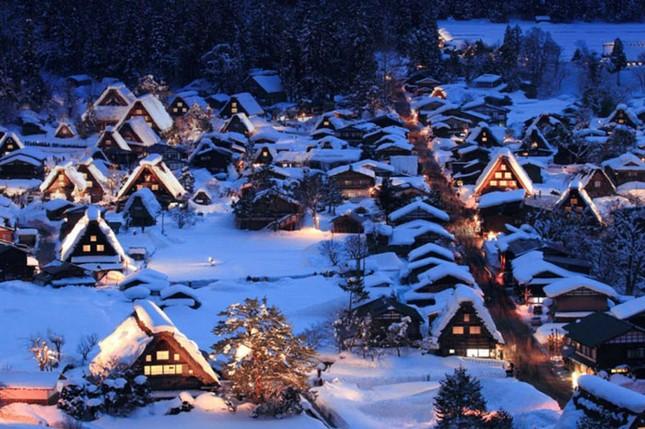Khám phá làng cổ làng cổ Shirakawa-go và Gokayama ở Nhật - ảnh 5