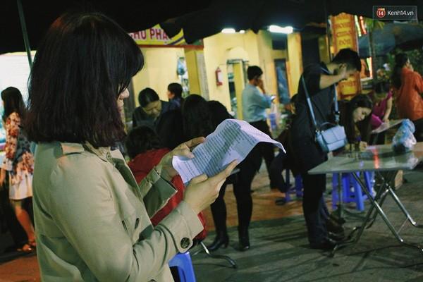 Người Hà Nội chen nhau đăng ký dự lễ cầu an và dâng sao giải hạn - ảnh 9